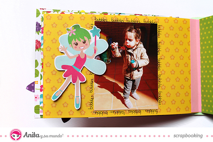 Mini álbum hecho con materiales de scrapbooking interior 2