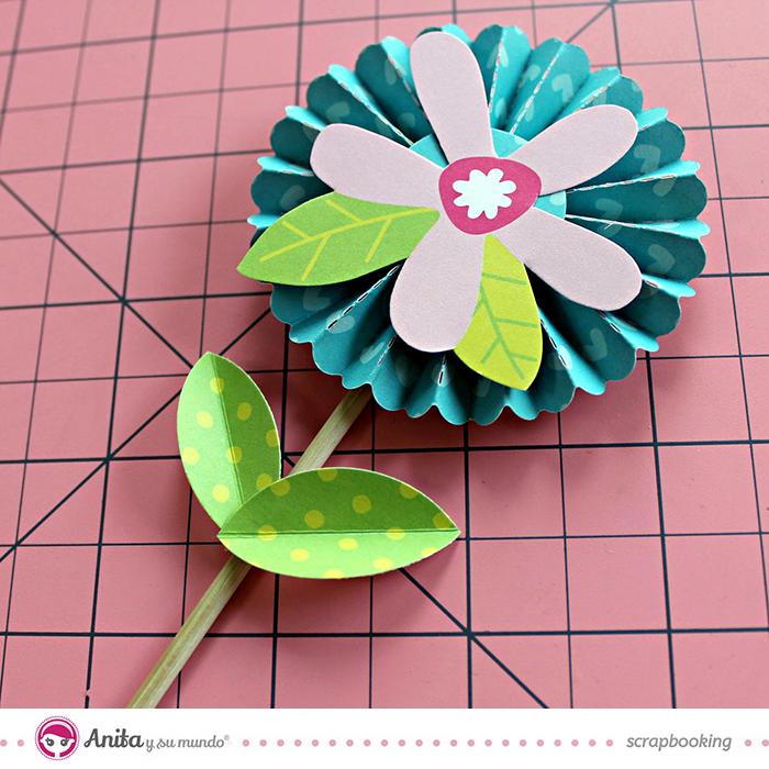 Cómo hacer una flor de papel paso a paso
