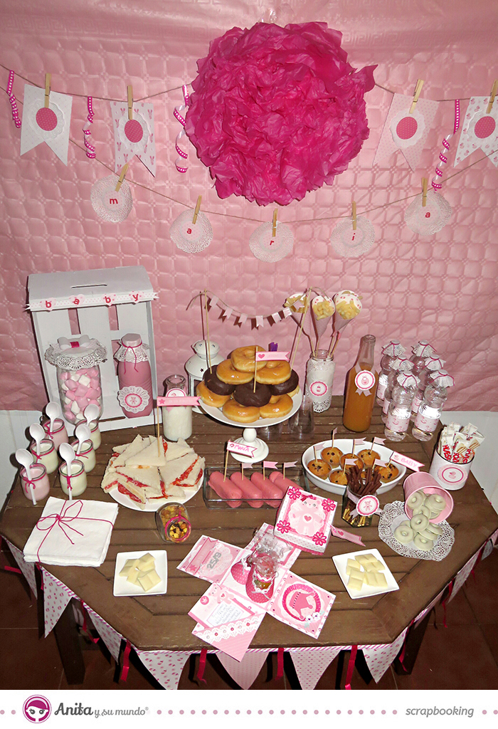 Candy bar para baby shower 5 dulces ideas para decorarla for Mesa dulce para baby shower