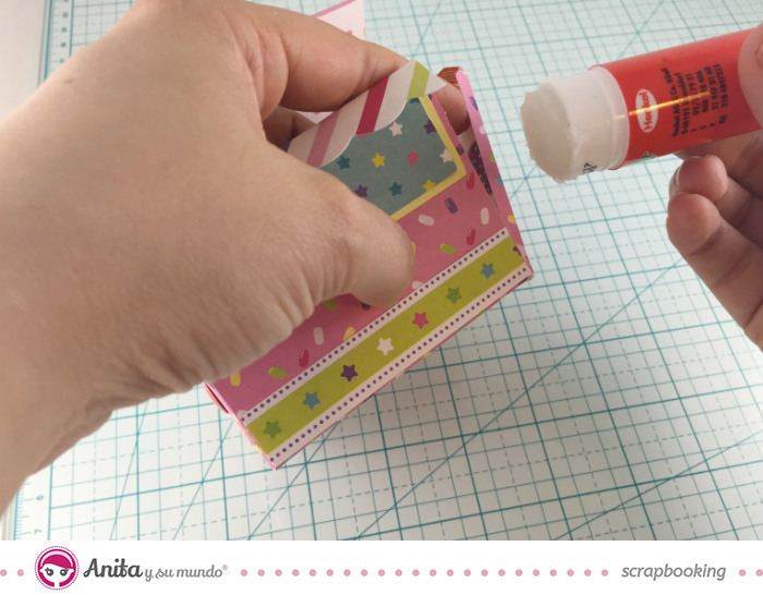 tutorial-pasoapaso-caja-de-papel-scrapbook