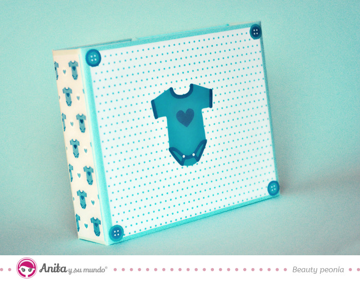 mini-album-bebe-scrapbooking