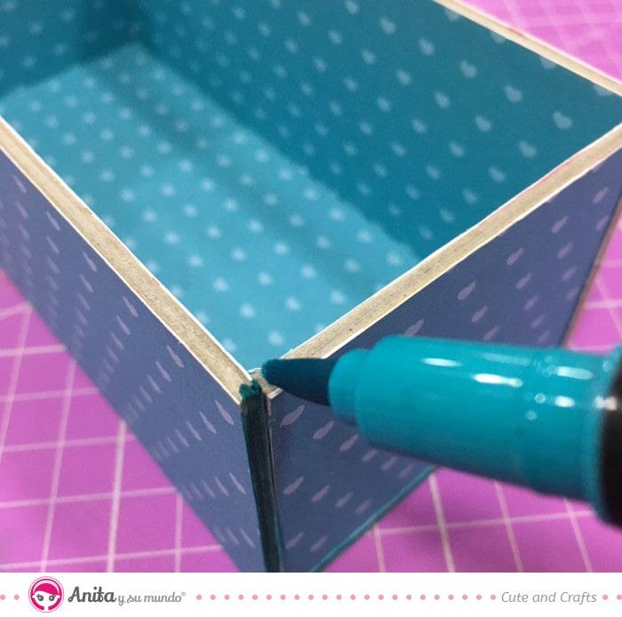 cómo pintar cartón contracolado con rotuladores
