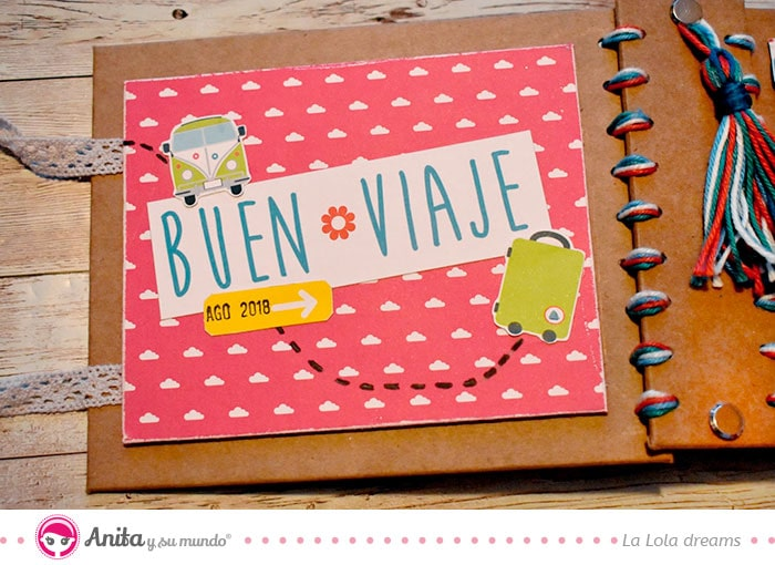cómo decorar un álbum de scrapbooking con papeles decorados y cartulinas kraft