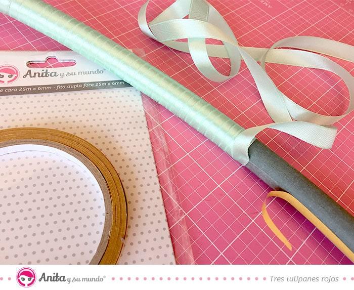 hacer decoraciones con lazos y cintas adhesivas de doble cara de anita